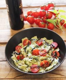 salade de ravioles au carmel balsamique tomates cerise et basilic